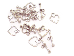50 Heart Toggle Clasps